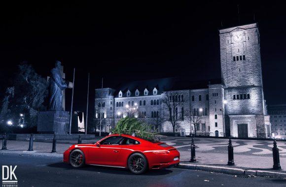 Porsche 911 GTS i choinka